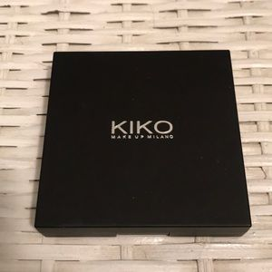Kiko Eyeshadow Pallet in  'Street Glam'